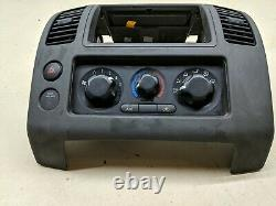 05-12 Nissan Pathfinder Xterra Radio Climate Control Center Lunette Dash Oem