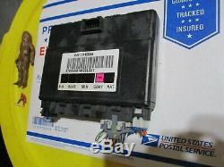 2004 Gmc Sierra Silverado Body Module De Contrôle Bcm Bcu Électrique Computer Box